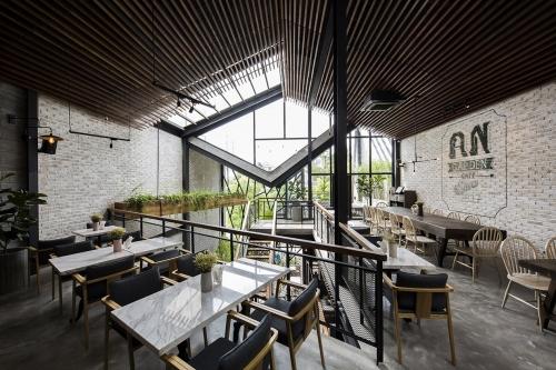 Cafe vườn treo Babylon tại Hà Nội